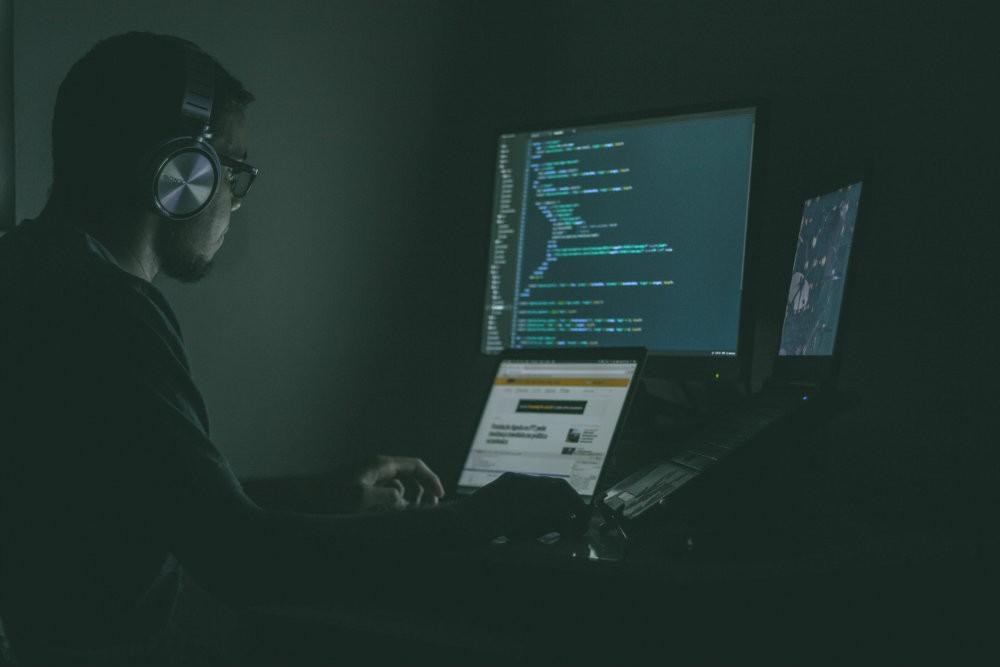O que são malwares de ghost DNS e como evitá-lo?