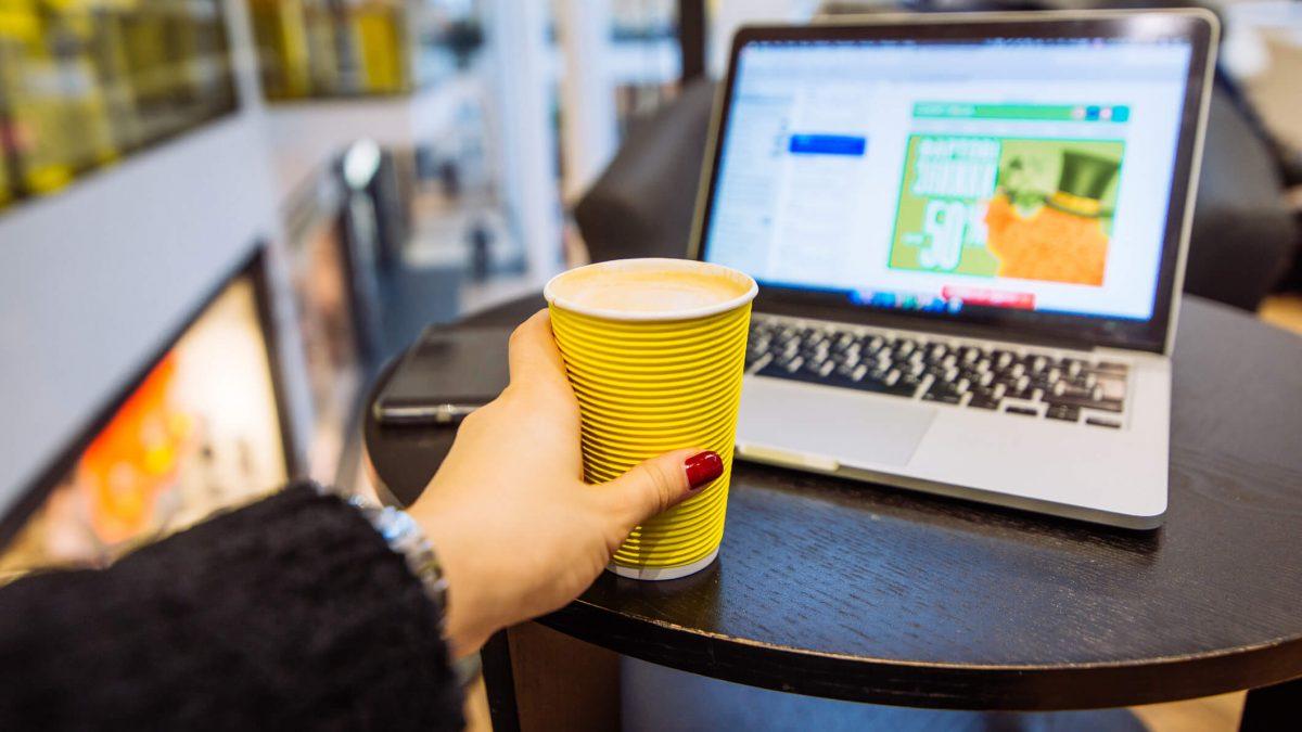 Por que oferecer acesso à internet em Shoppings Centers?